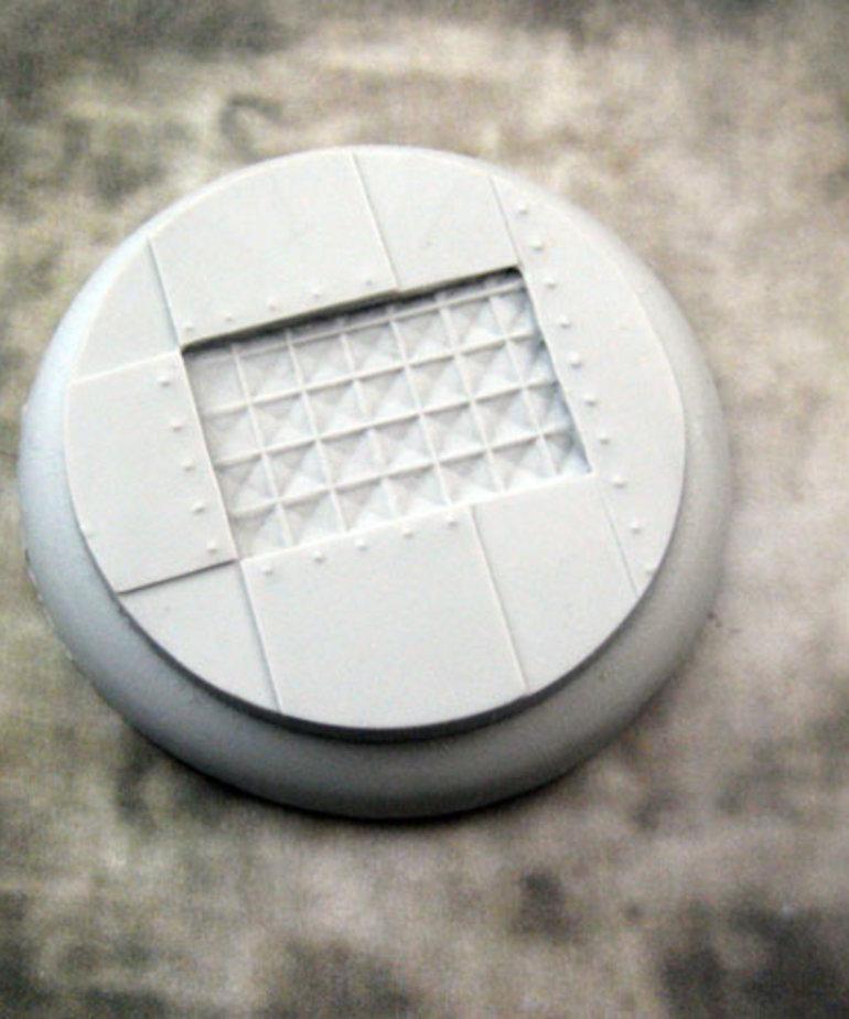 Secret Weapon Miniatures - SWM Iron Deck 50mm Base 03 Secret Weapon Bases BLACK FRIDAY NOW
