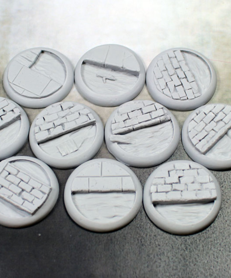 Secret Weapon Miniatures - SWM CLEARANCE Sewer Works 30mm Bases (10) Secret Weapon Bases