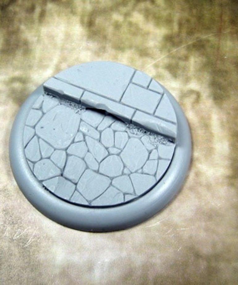 Secret Weapon Miniatures - SWM Town Square Base 01 50mm Secret Weapon Bases BLACK FRIDAY NOW