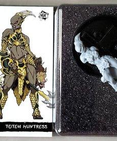 Privateer Press - PIP Minicrate: Totem Huntress