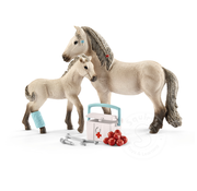 Schleich Schleich Hannah's First-Aid Kit for Icelandic Horses