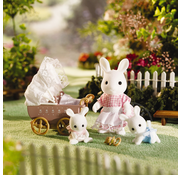 Calico Critters Calico Critters Connor & Kerri's Carriage Ride