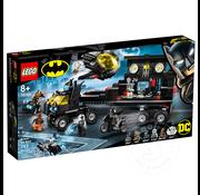 LEGO® LEGO® DC Batman Mobile Bat Base