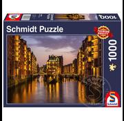 Schmidt Schmidt Hamburg – Nightfall in the Warehouse District Puzzle 1000pcs