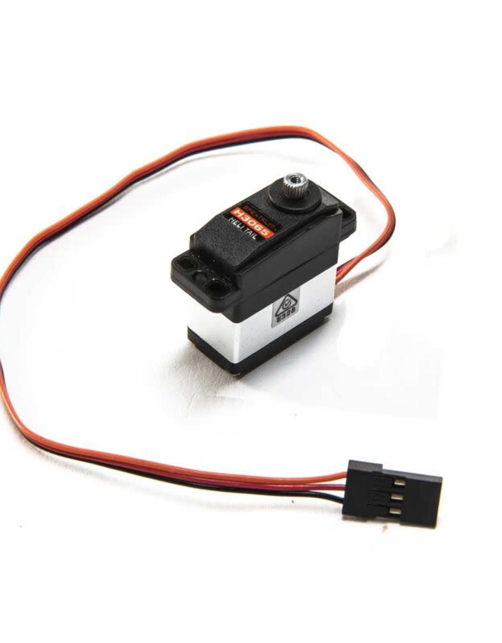 spektrum SPMSH3065 H3065 Sub-Micro Digital Mid-Torque Ultra-Speed Metal Gear Heli Tail Servo