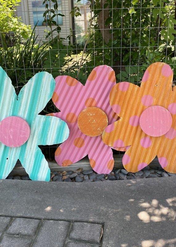 Metal Flower Door Hanger | Assorted Colors