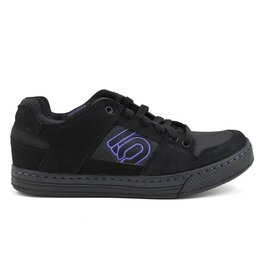 Five Ten Five Ten Freerider Women's Flat Pedal Shoe: Black/Purple