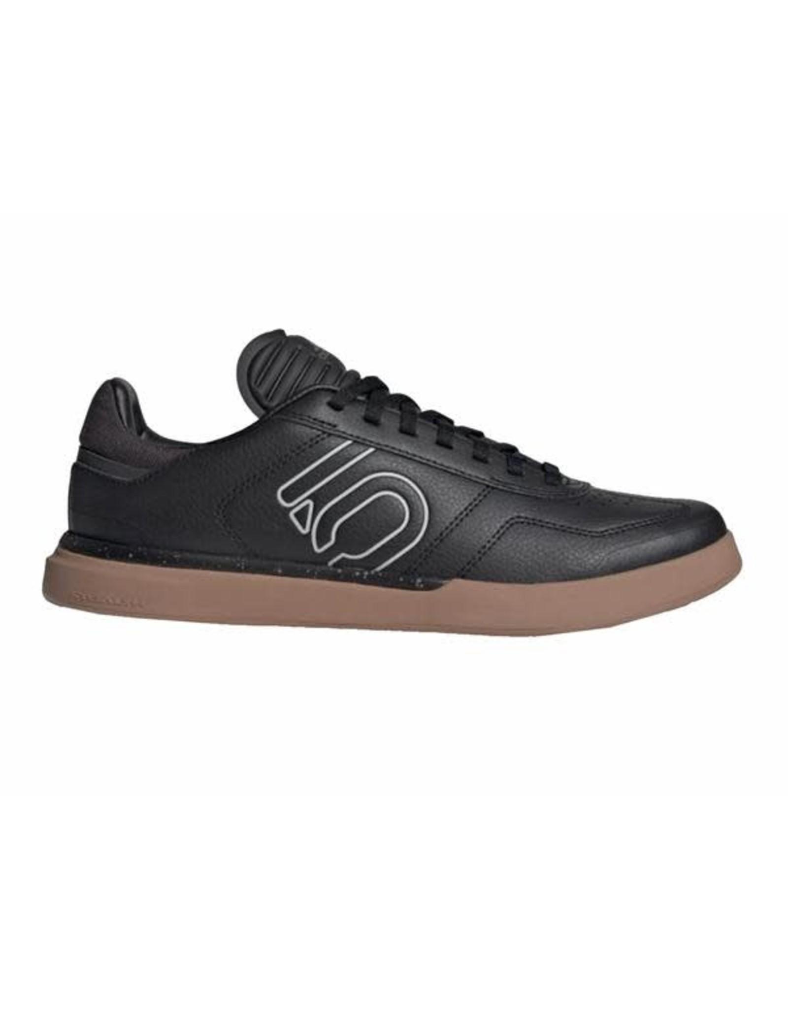 Five Ten Five Ten Sleuth DLX PU Women's Flat Shoe: Black/Gray Two/Gum
