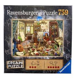 Ravengsburg Escape Puzzle: The Artist's Studio