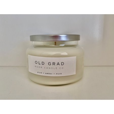 "Noor Candle Company ""Old Grad"" Candle, Hand-Poured Soy Candle, 10 ounces, (Plum, Amber, Musk)"
