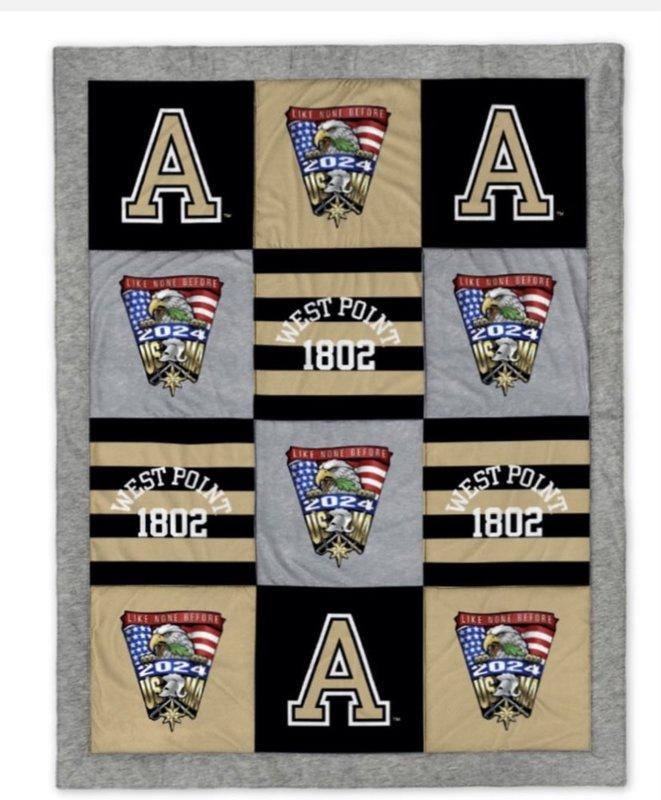 West Point Class of 2024 Crest Spirit Blanket