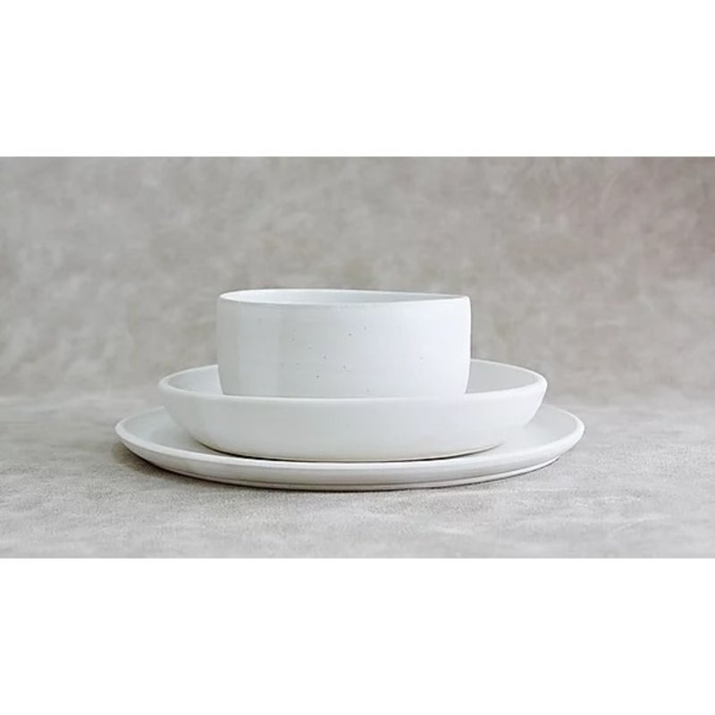 RV Pottery Simple Place Setting (3-Piece) With Noodle Bowl: Moonstone