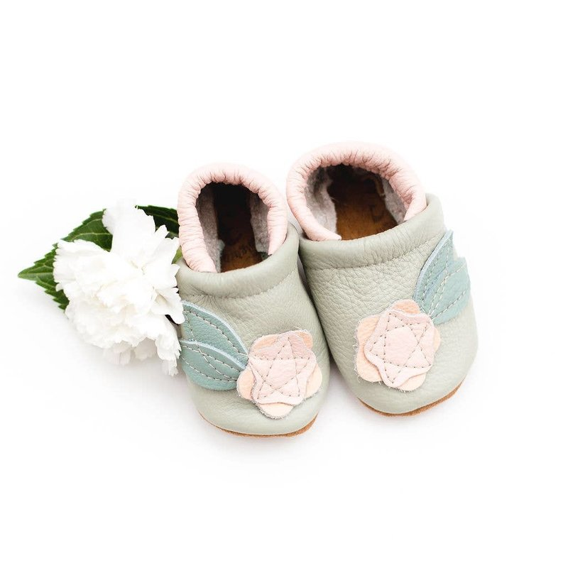 Starry Knight Designs Shoes with Designs - Rose Blush Flower  NB-3M