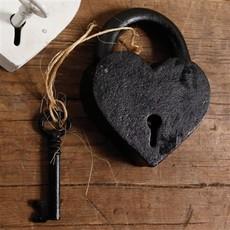 HomArt Heart Lock and Key - Cast Iron - Black