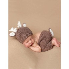 Faire - The Blueberry Hill Hartley Deer Set   Acrylic Hand Knit Newborn Baby Outfit