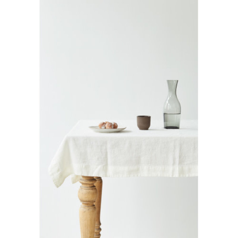 Linen Tales WHITE TABLECLOTH 55X118
