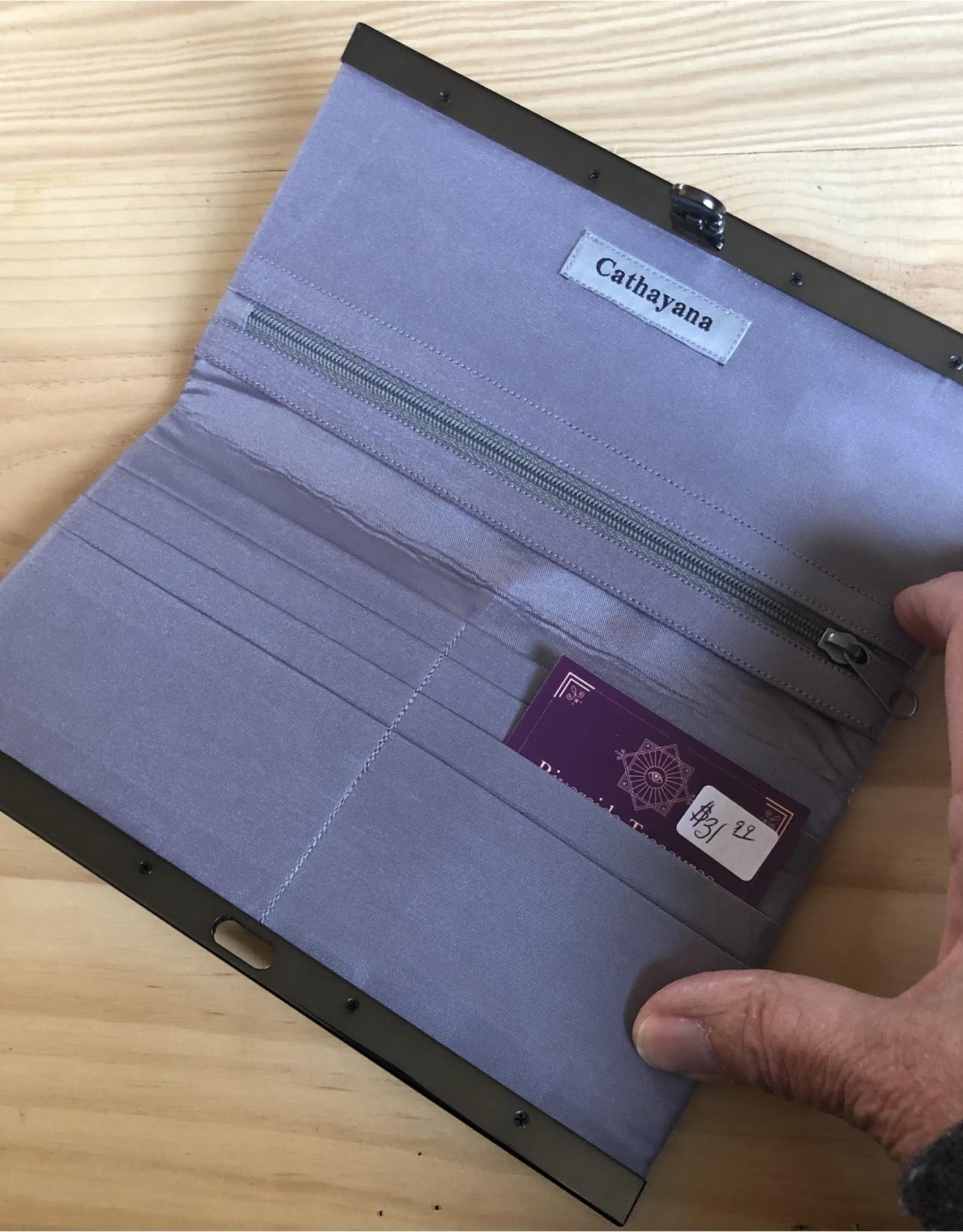 RFID Clutch