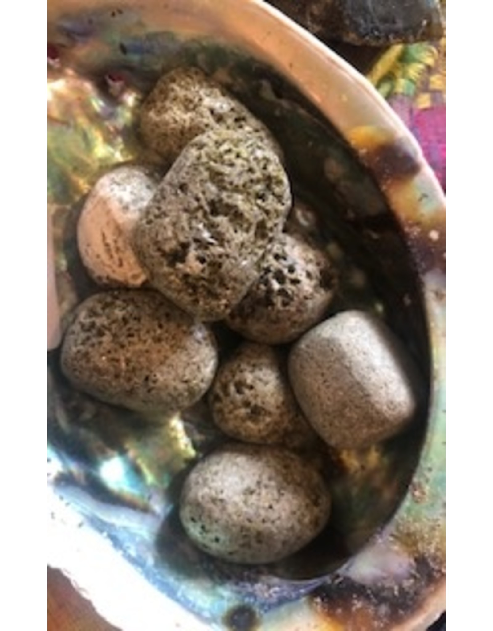Epidote reminds you of the abundance of blessings for all