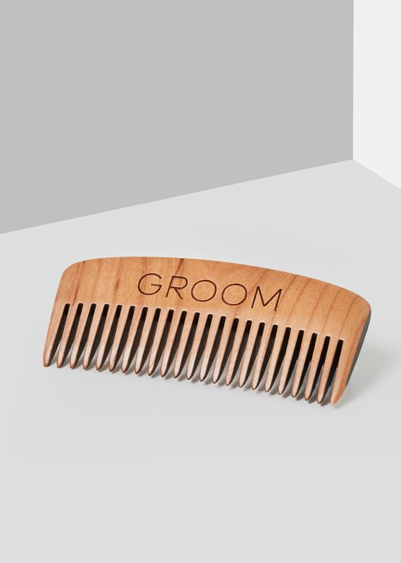 Beard comb in cherry wood