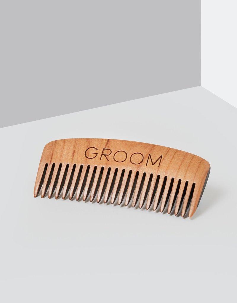 Beard comb in cherry wood