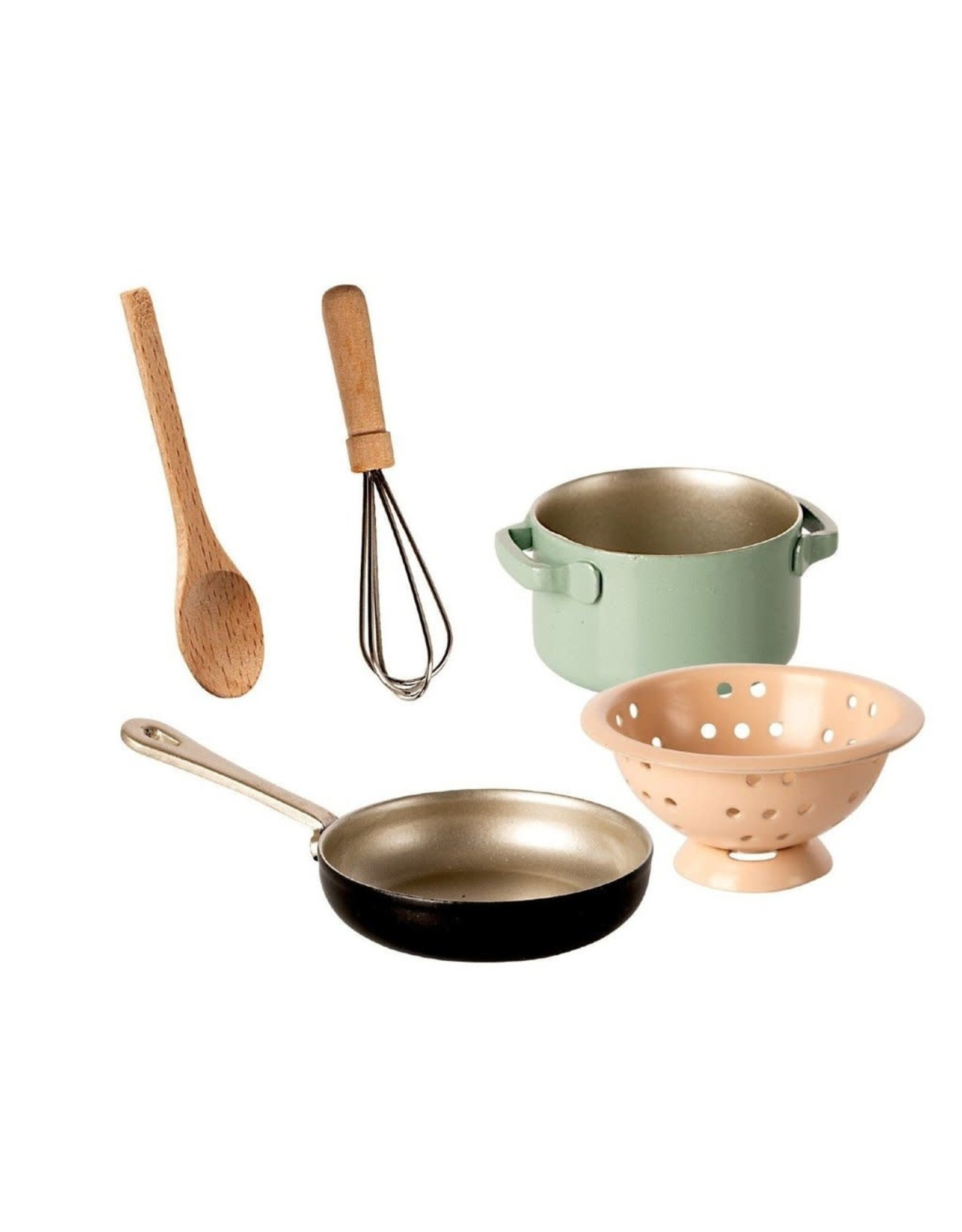 Maileg Cooking Set for Mice