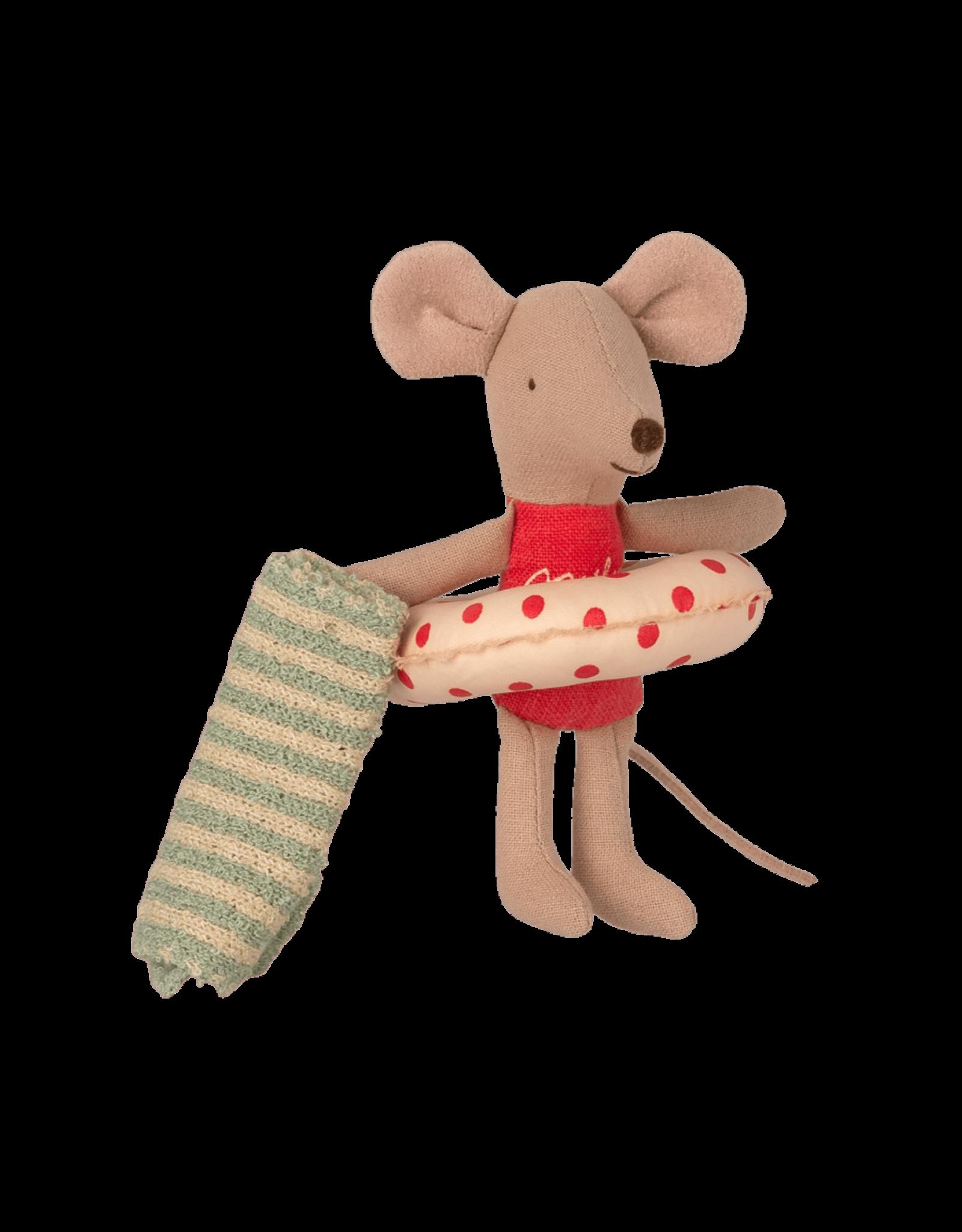 Maileg Little Sister in Cabin de Plage Beach Mice