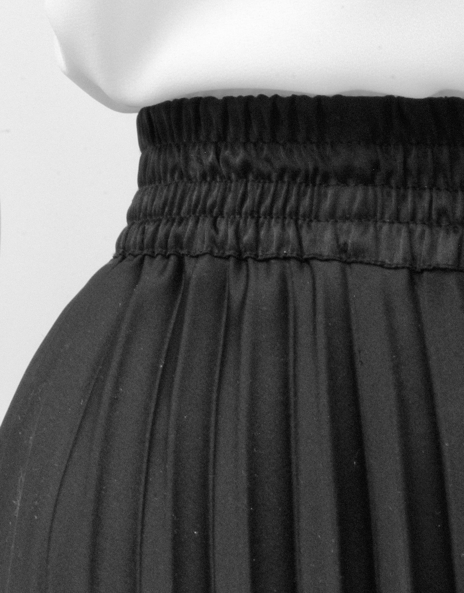 RD Style Satin Pleated Skirt
