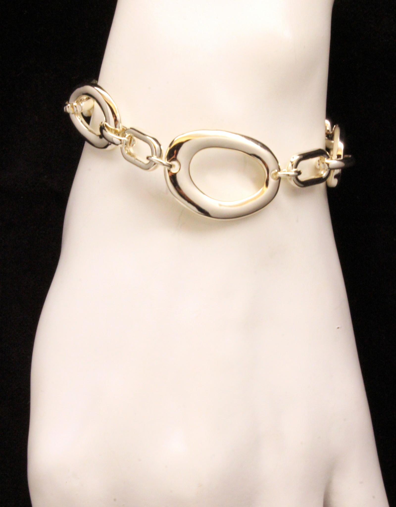MERX Jewelry Loop chain bracelet