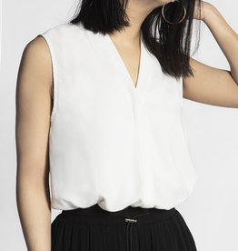RD Style Sleeveless V-neck Blouse