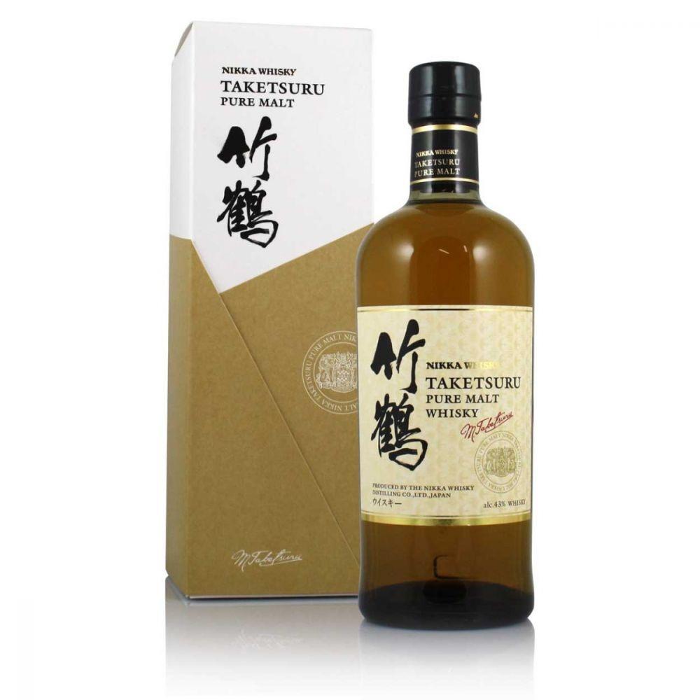"""Nikka Taketsuru """"White Label""""  Pure Malt Whisky 750ml"""