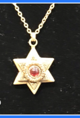 Pendant, star of David w/garnet