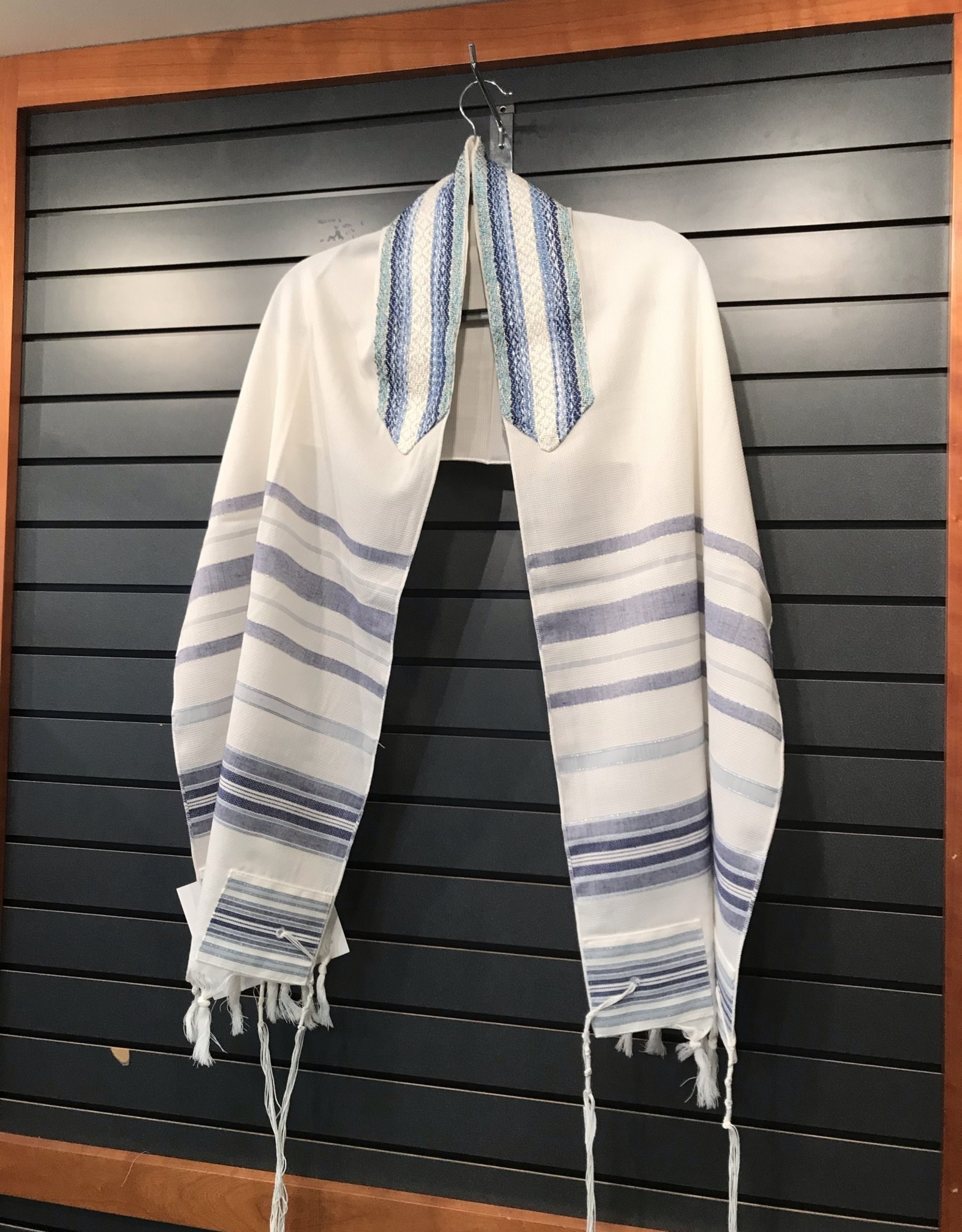 Tallit, wool blue stripe 18''