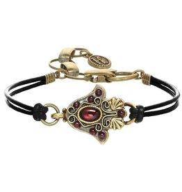 Bracelet, Hamsa w/garnets