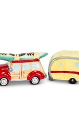 Salt & Pepper, Car & Camper with Surfboard