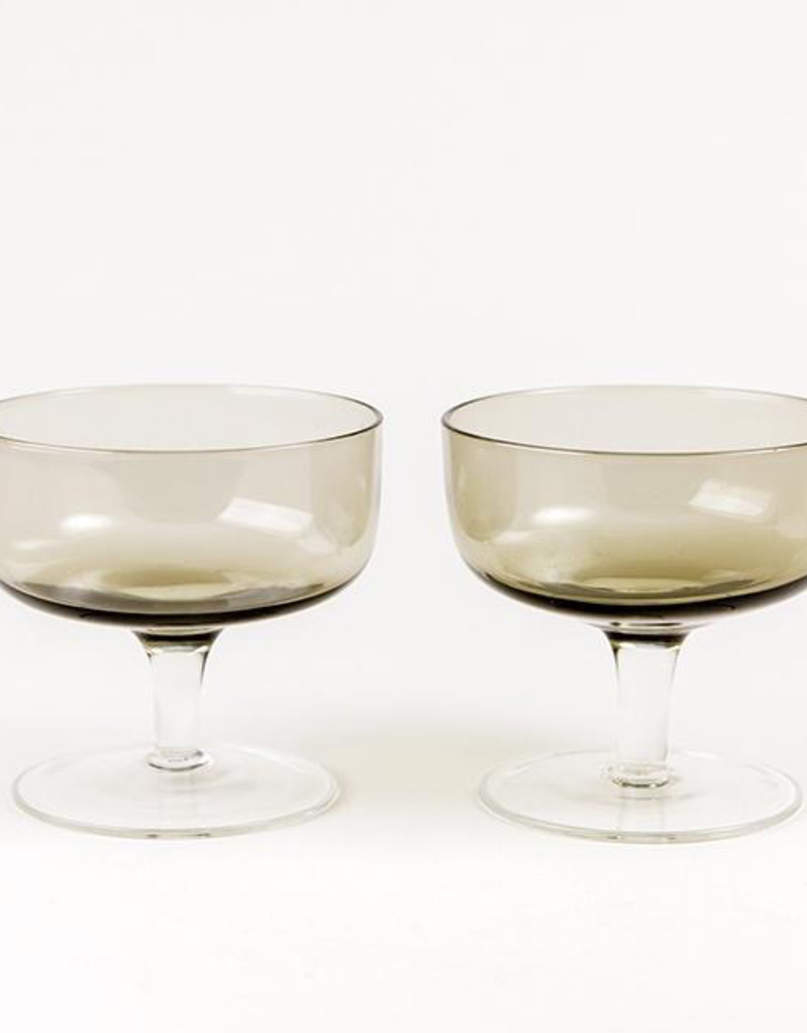 Coupes, Fonce Dessert Bowls on Stand