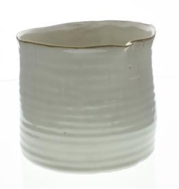 "6x6.5"" Fancy White Bower Ceramic Pot"