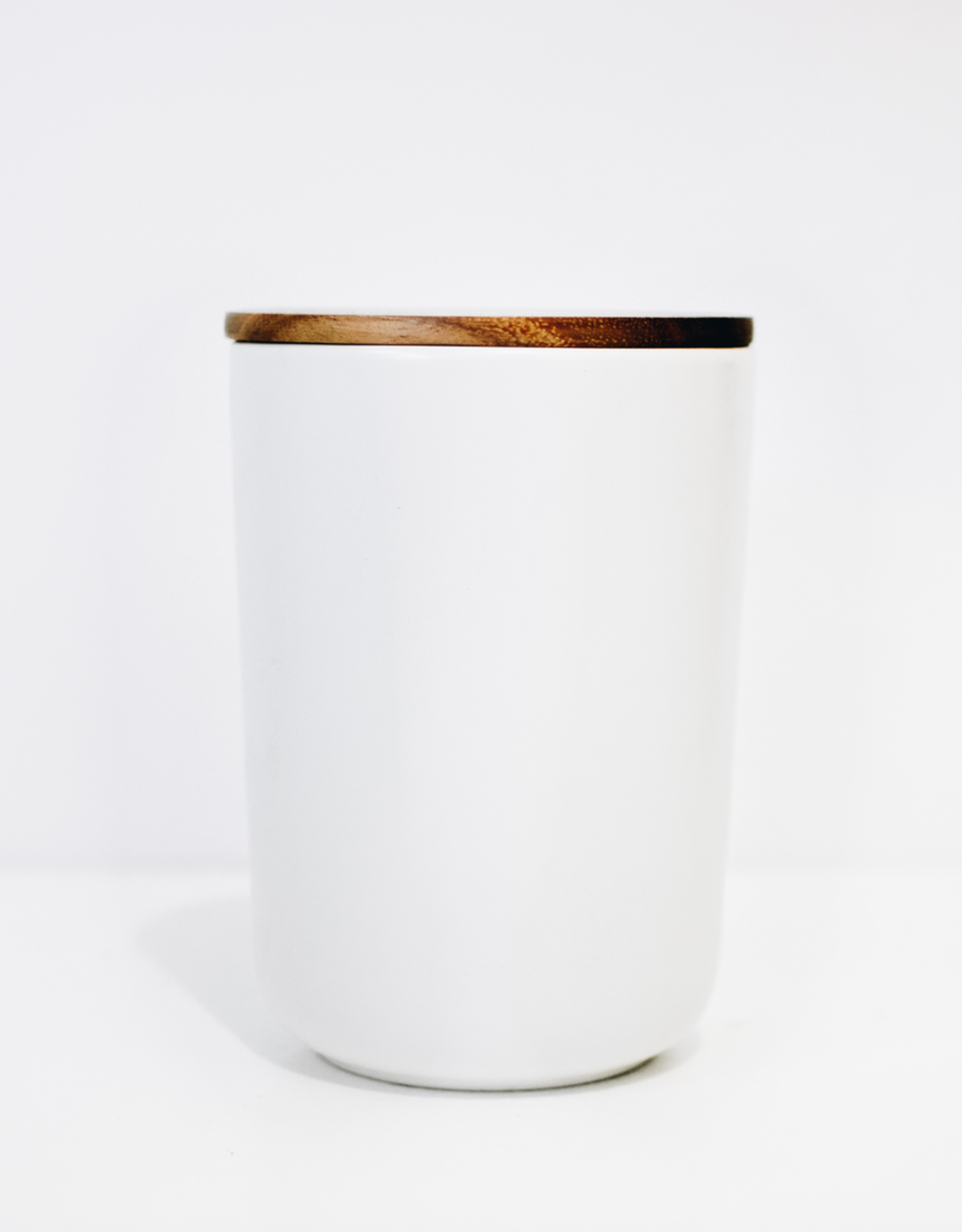X-Large White Stoneware Container with Acacia Lid