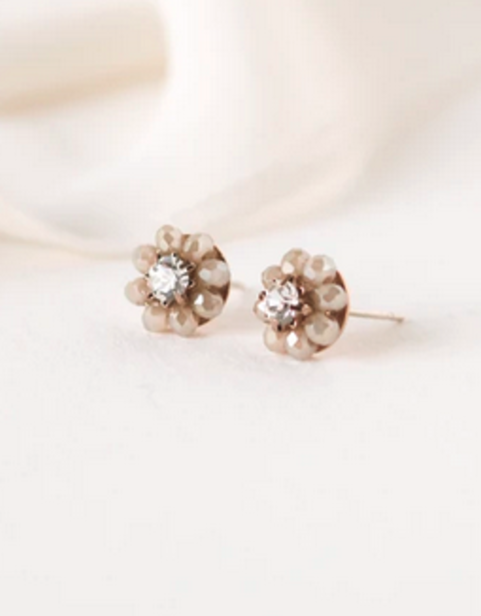Forget Me Knot Stud Earrings - Creme