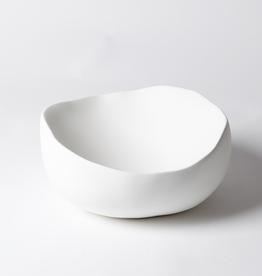 "Medium Matte White Organic Round Bowl D11.5"""