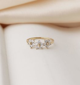 Blossom Ring Size 7 - Gold