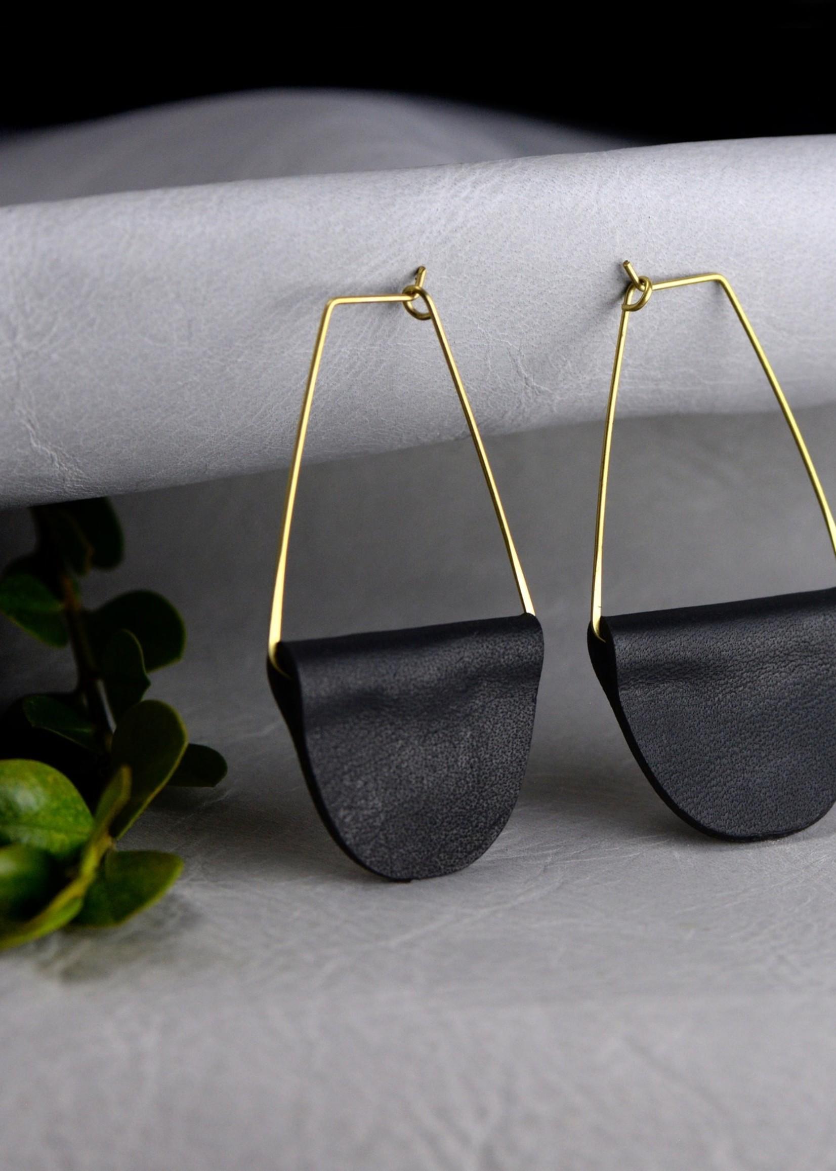 Fashionable Leather Earrings - Black