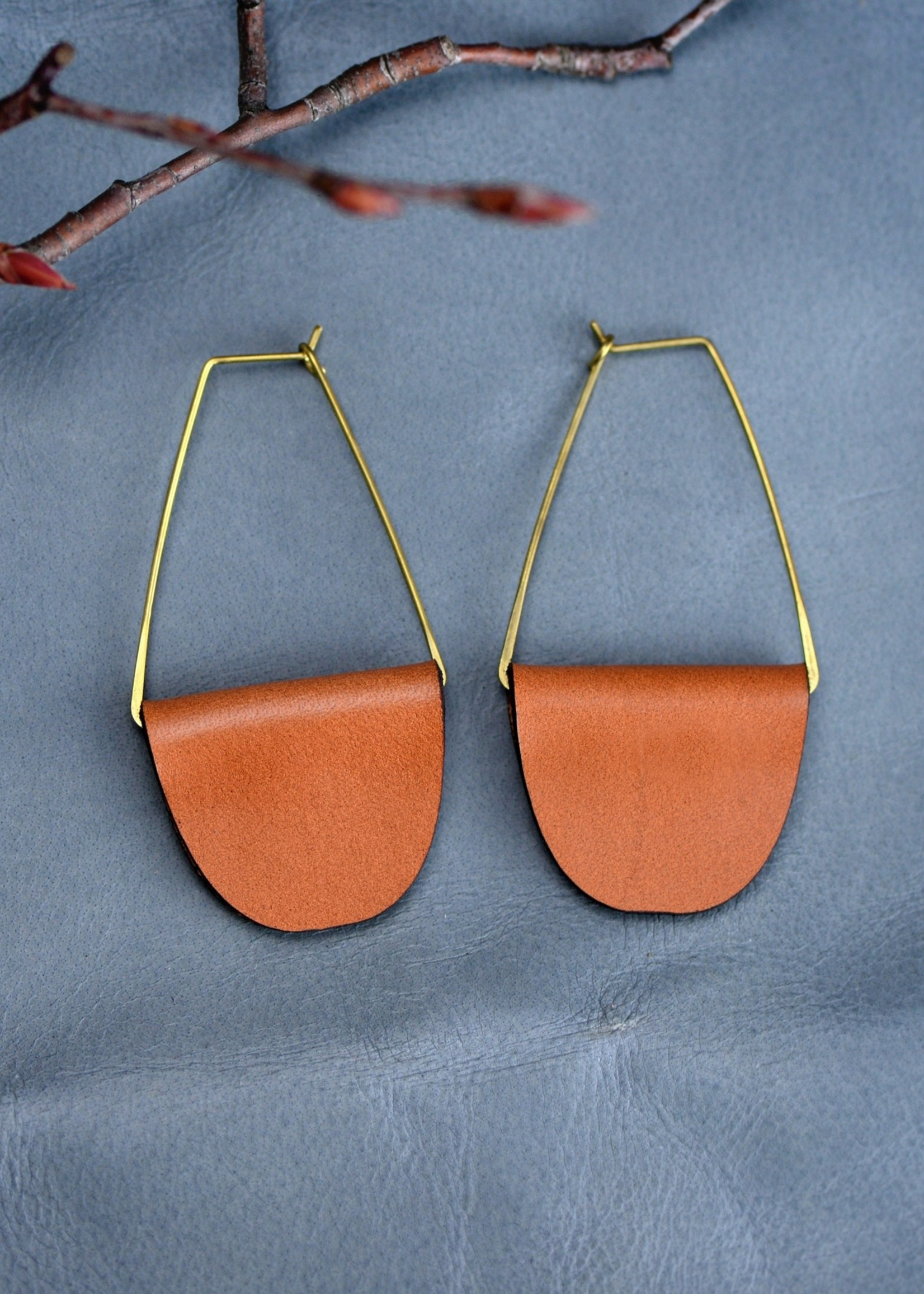 Fashionable Leather Earrings - Brown
