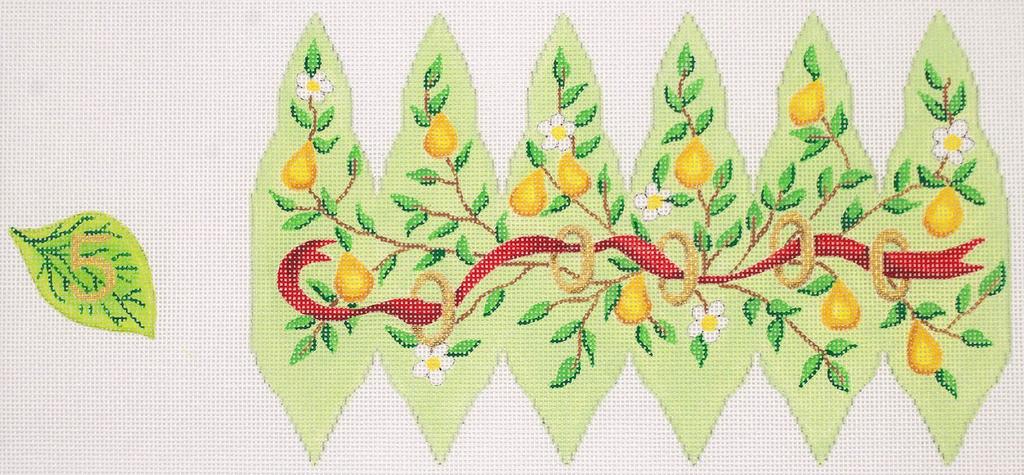 Canvas CHRISTMAS PEAR ORNAMENT DAY 5  XM98