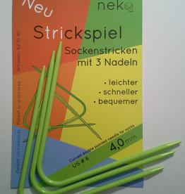 Needles NEKO CURVED DPN #6 hat length