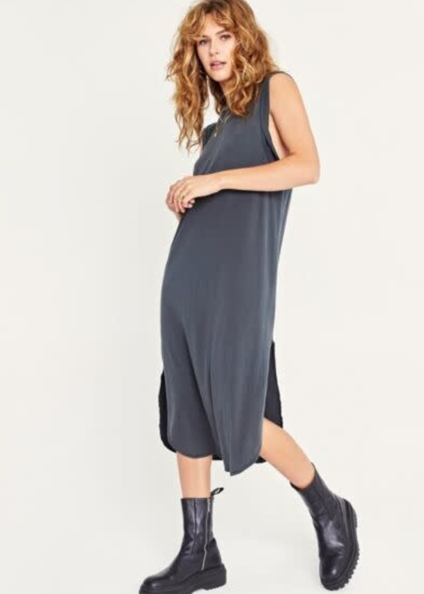 Easy Twist Sleeveless Dress