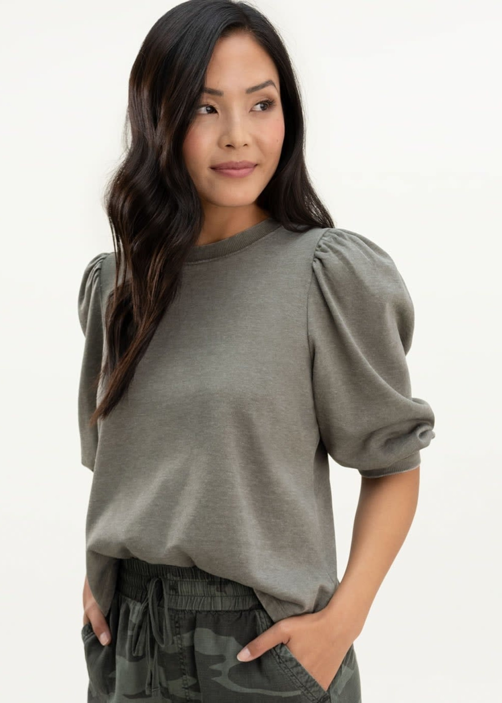 Mariposa Pullover Olive