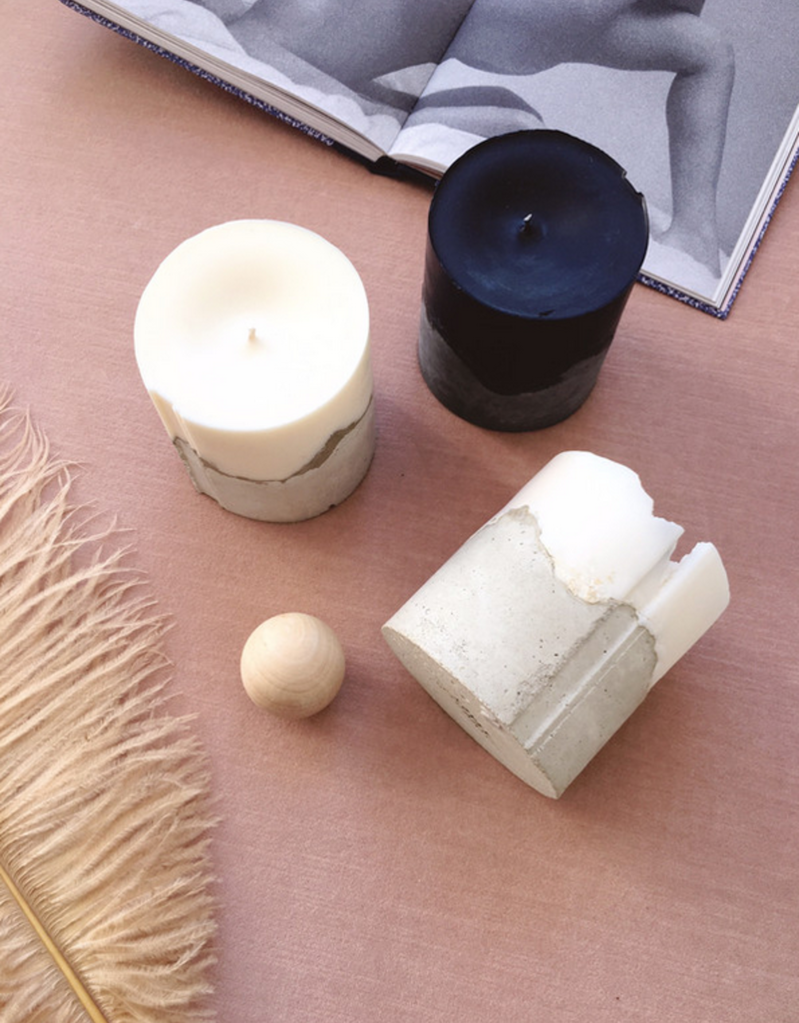 Concrete Love Vetiver Black Concrete Candle