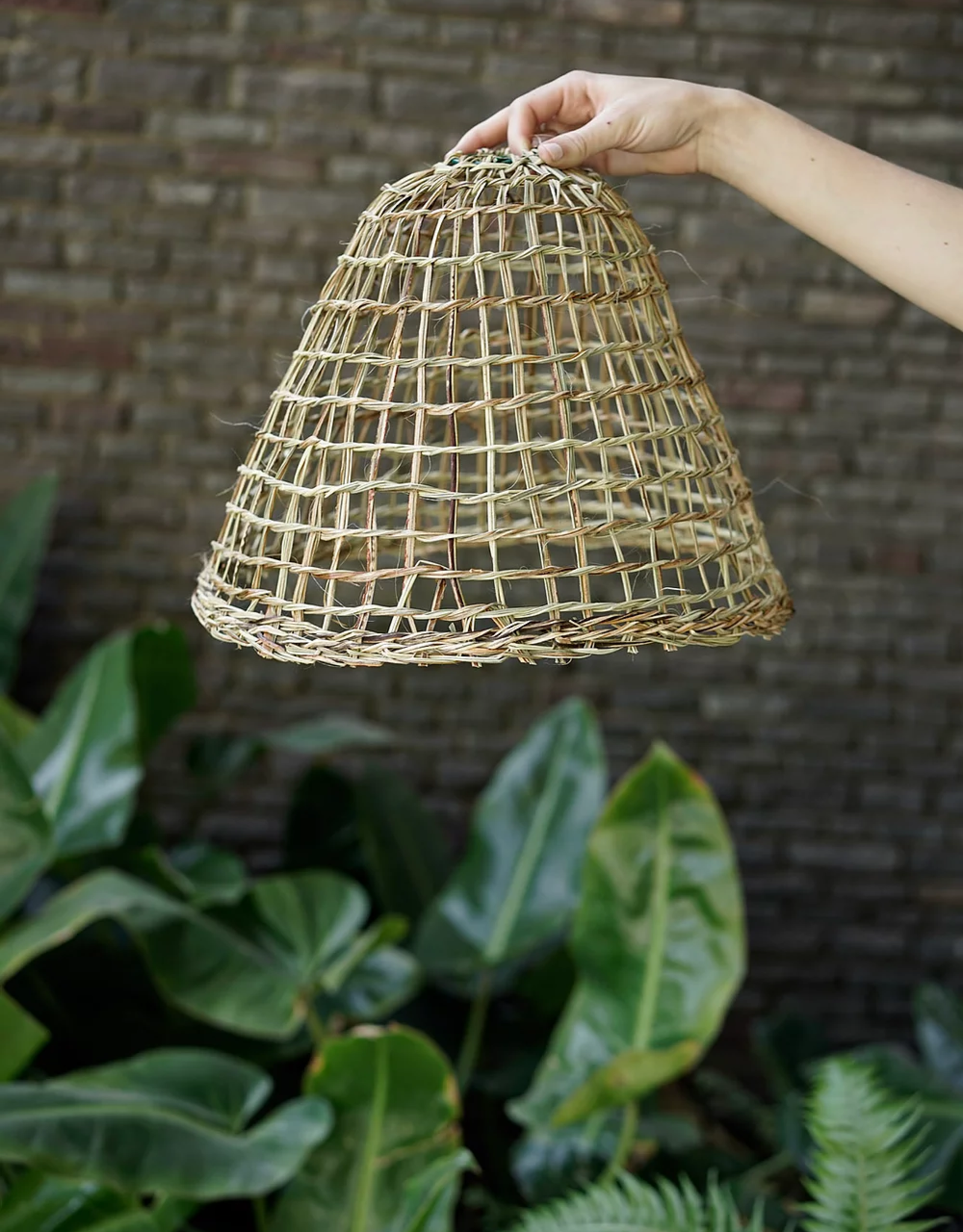Prima de Sur. Medium Straw Lampshade