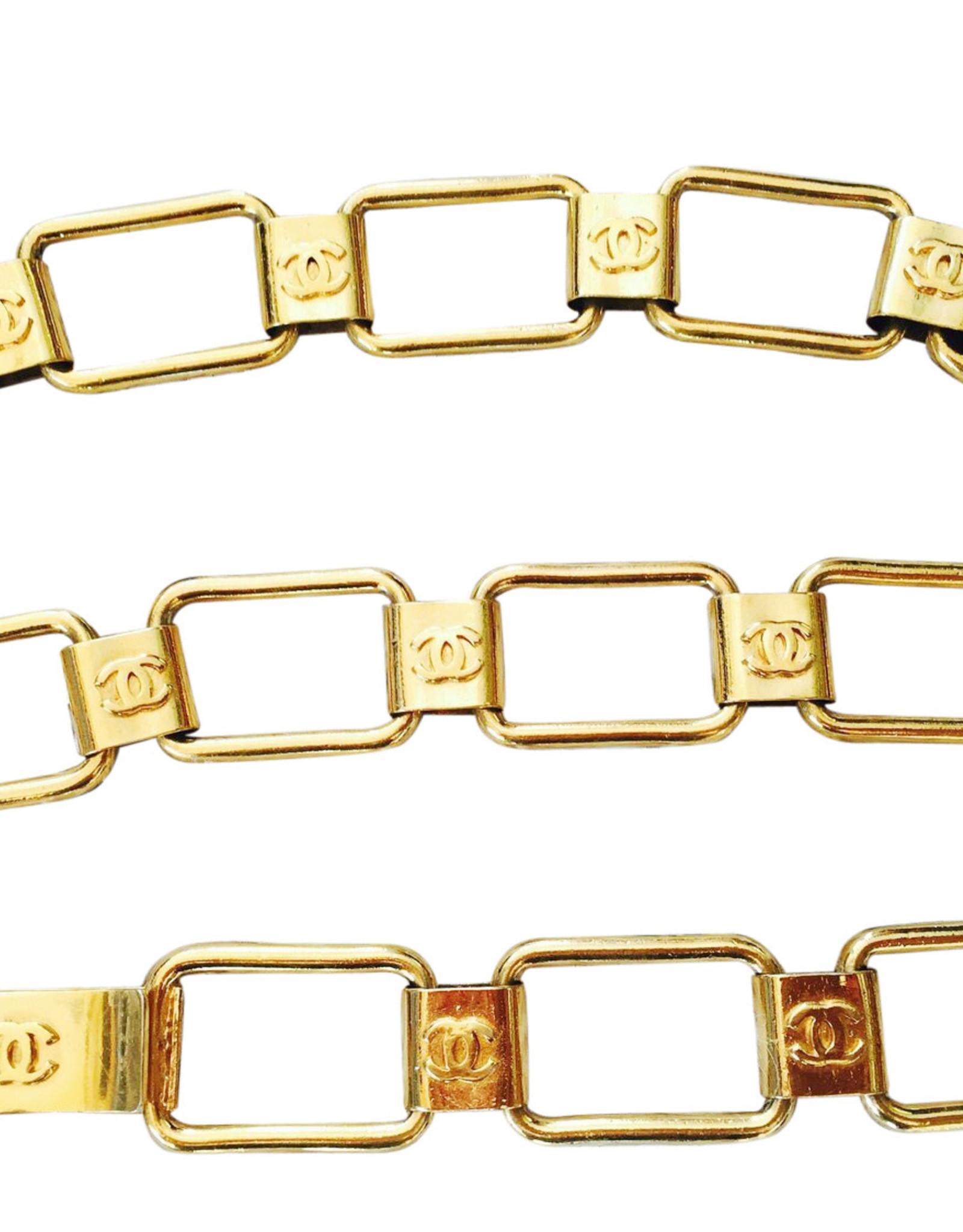 "Wyld Blue Vintage 80s Chanel CC Logo Monogram Gold Chain Waist Belt Buckle Necklace ( 24""-27"")"