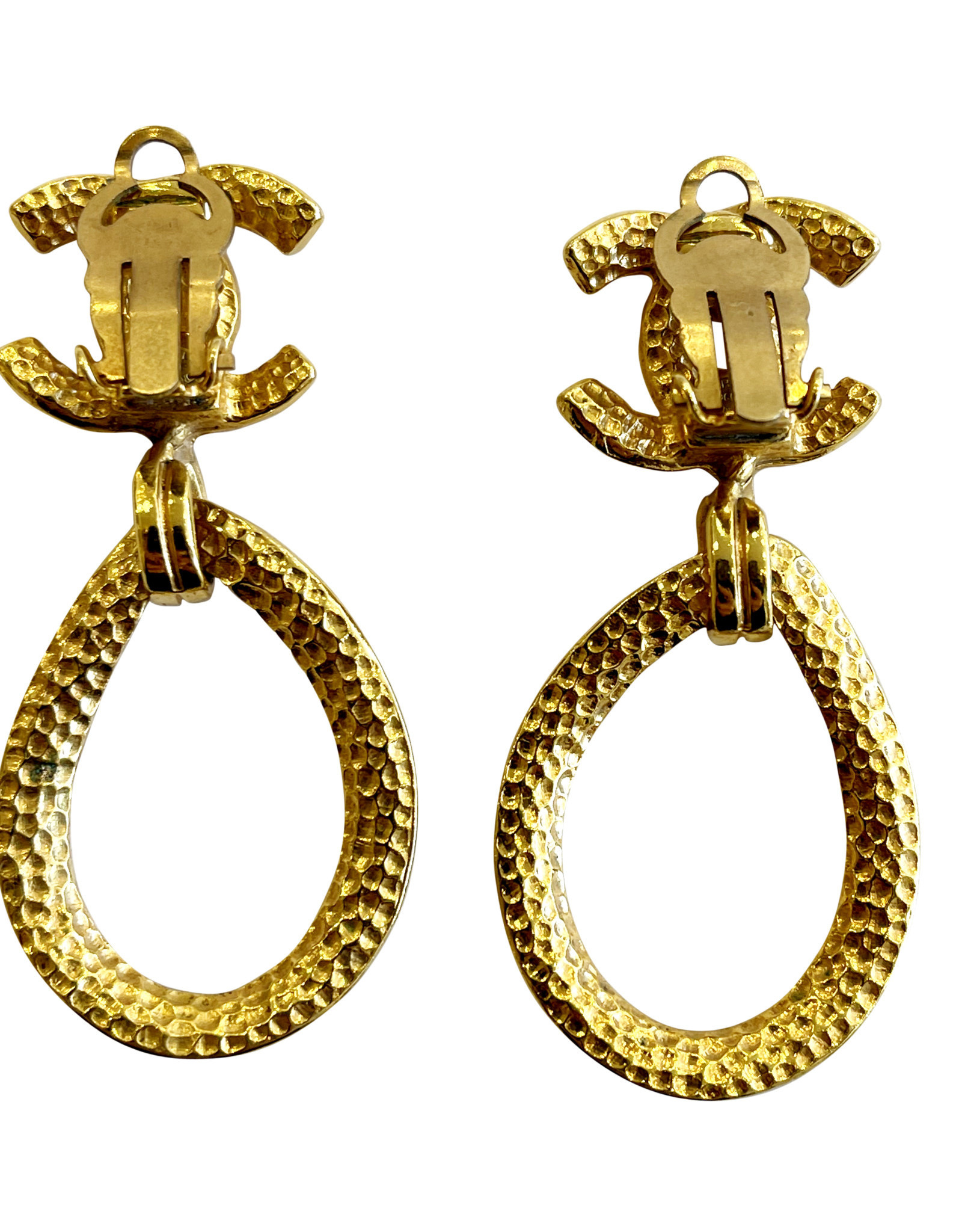 Chanel Chanel Oval Drop Clip Earrings (1996 Vintage)